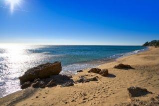 alquiler-estudio-costa-dorada-playa