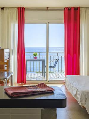 alquiler-apartamentos-vacaciones-particulares-miami-platja-estudio