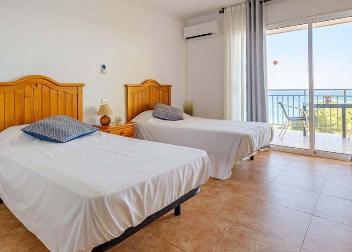 alquiler-estudio-costa-dorada-estudio-17-camas