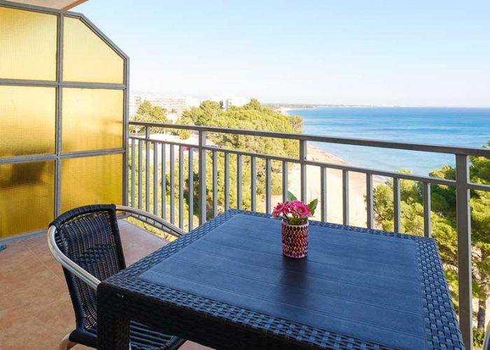 alquiler-estudio-costa-dorada-estudio-17-terraza