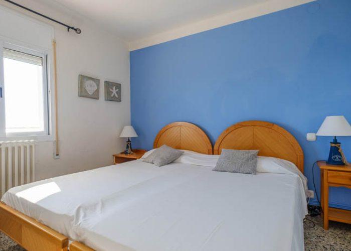 apartamento-turistico-playa-habitacion-dos-camas