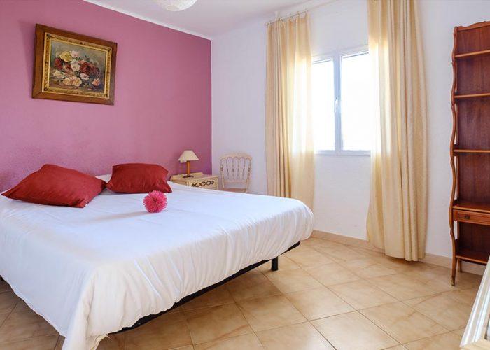 apartamentos-turisticos-playa-apartamento-13-habitacion