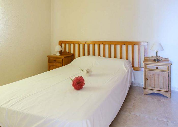 apartamentos-turisticos-playa-apartamento-3-habitacion-matrimonio