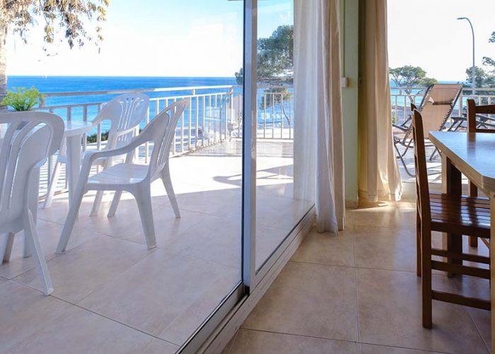 apartamentos-turisticos-playa-apartamento-3-terraza-exterior